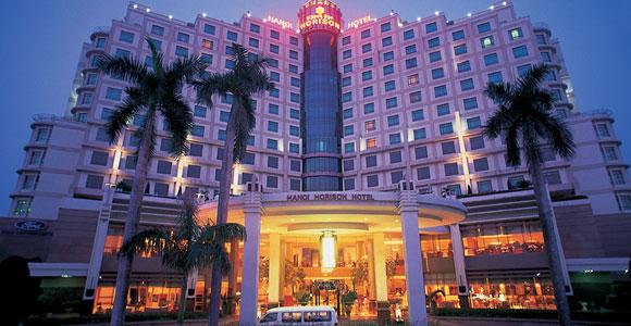 Приличный отель в Ханое