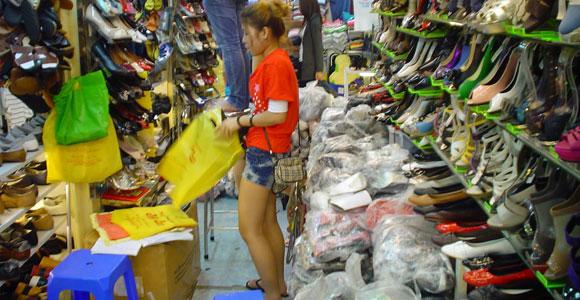 магазин обуви в Ханое