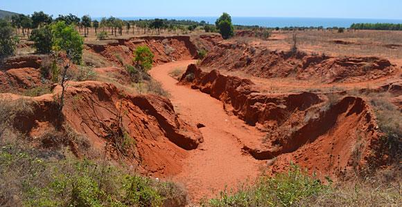 красный каньон в Муйне, фото